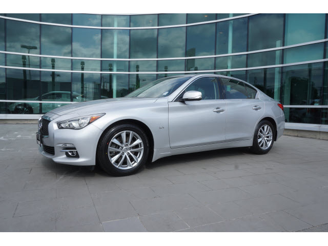 Certified Pre-Owned 2017 INFINITI Q50 3.0T Premium w/PREMIUM PLUS PACKAGE